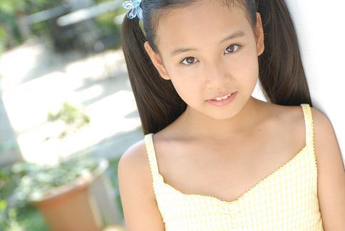 Junior Idol Moecco Ami