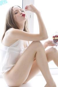 http://stat.profile.ameba.jp/profile_images/20110315/18/99/7e/j/o020003001300181365030.jpg