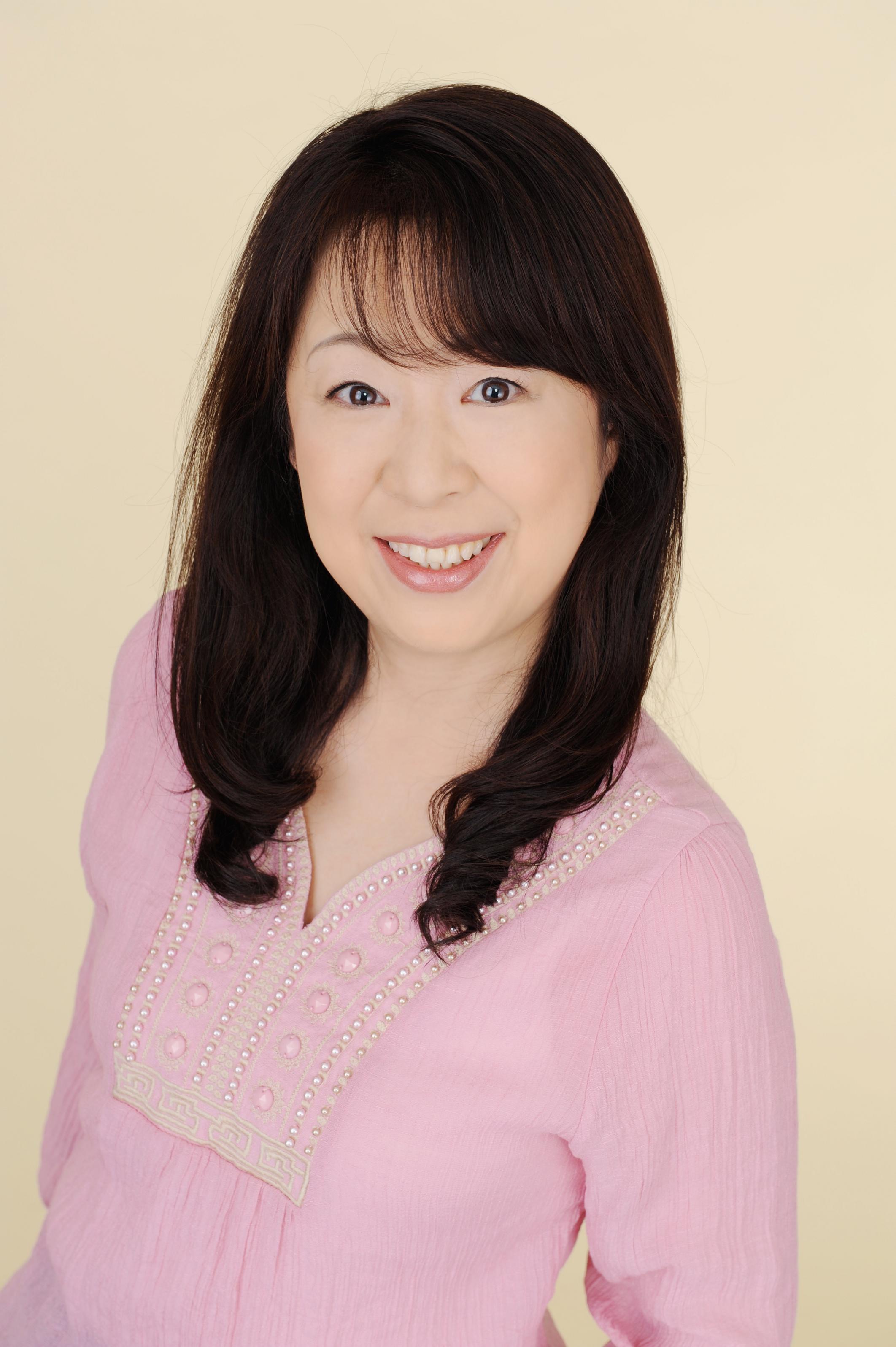 Kitano Nozomi 北野のぞみ それはすぐに私は行くべきである O O Upload: 曼荼羅アート・ 手作り万華鏡 アトリエM(神戸・芦屋)