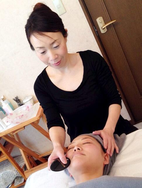 小顔や体内浄化の韓国式かっさ 滋賀県唯一のサロン 山口佳代子