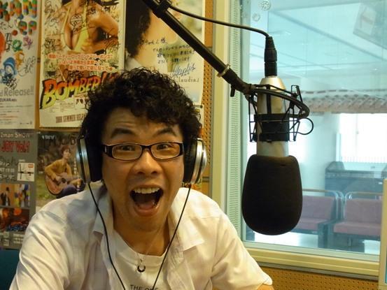 沖縄のフリーラジオパーソナリティ