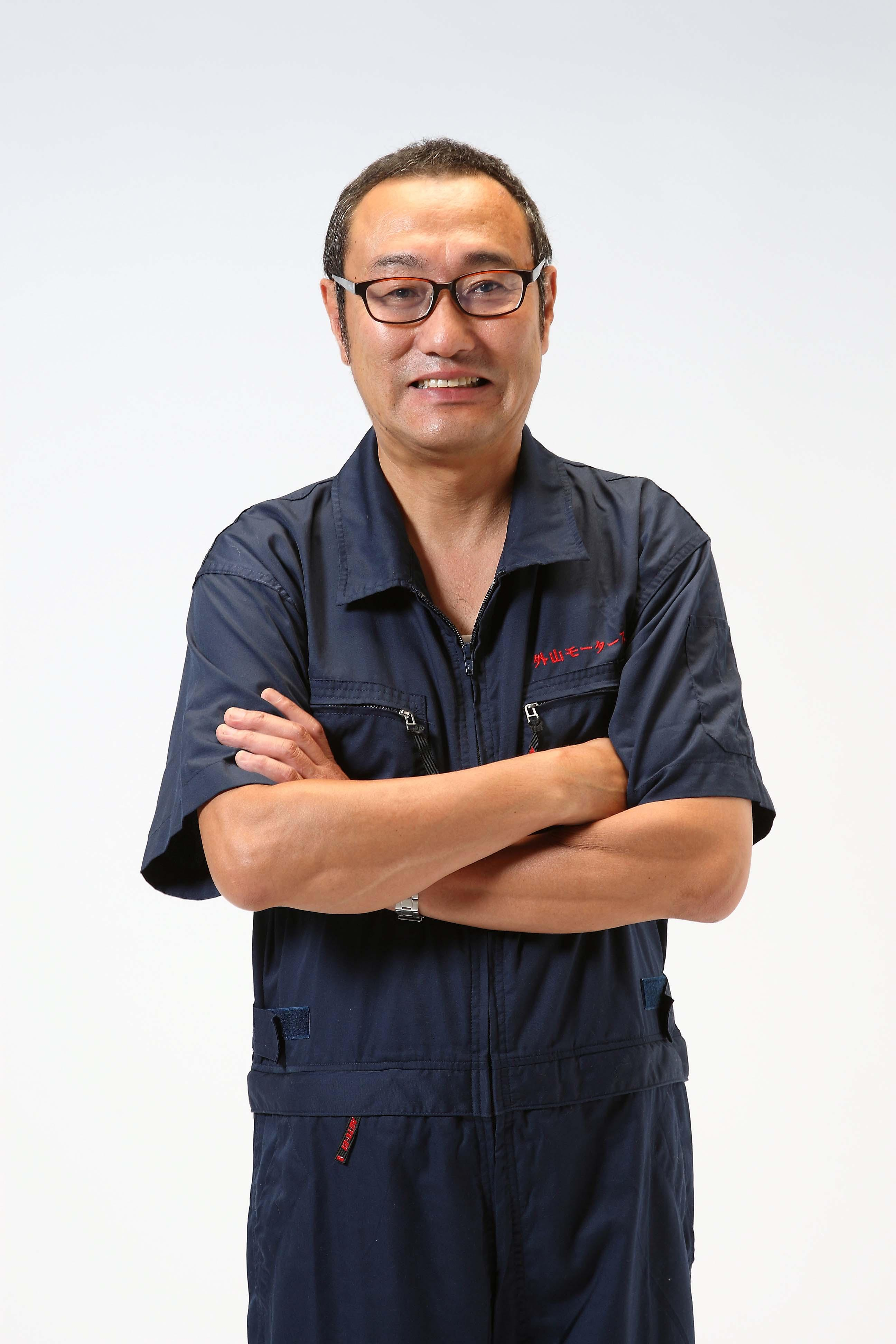 豊橋発のミニバンワゴン専門オークション代行業外山モータース
