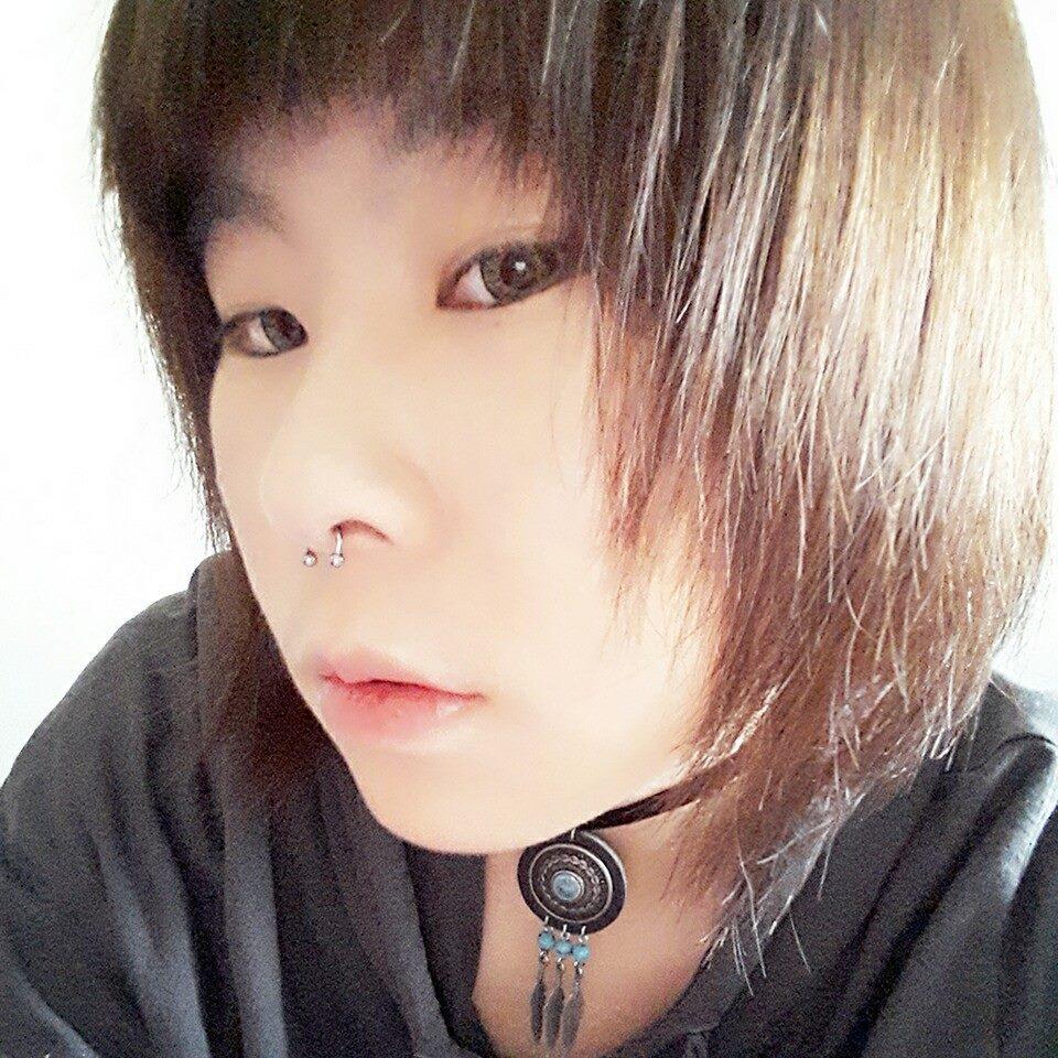 Zouan Chen