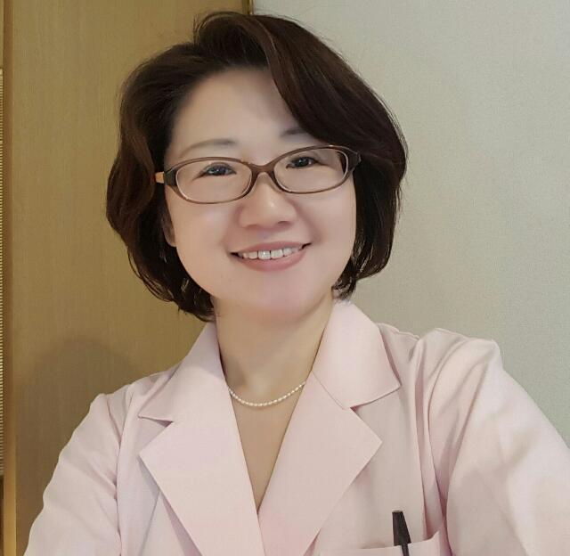 鎌倉で女性専門に鍼灸をしている影森佳代子