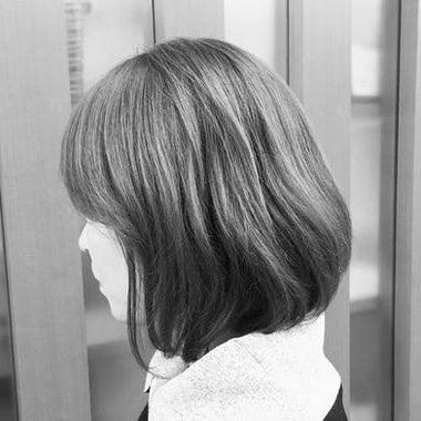 過去を光に変えるタロット占い師【ヒカコ ~hikako~】