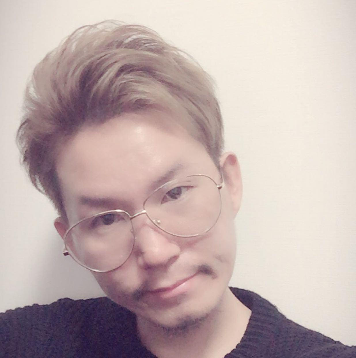 【己と闘う美容師】YOSHIAKI