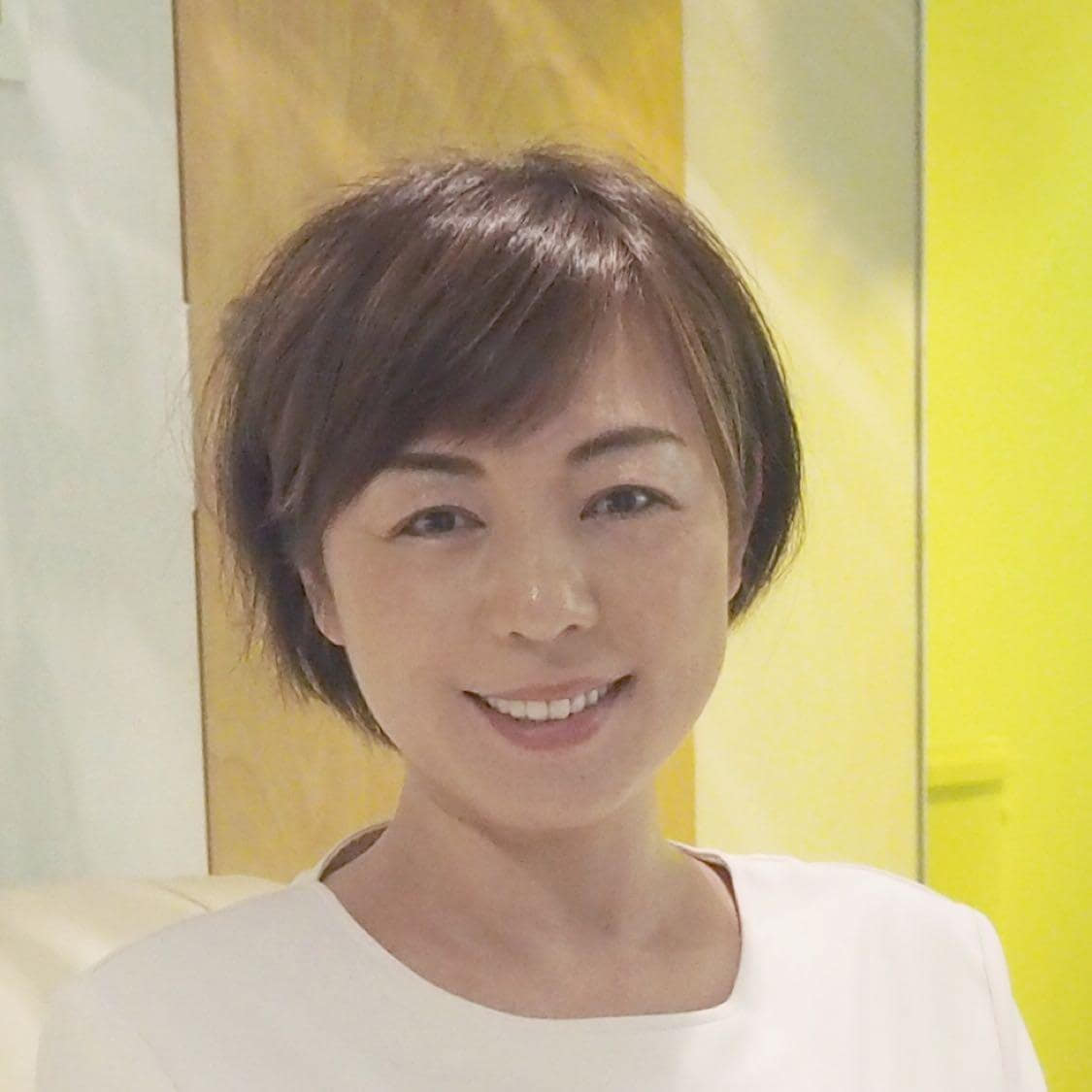 大阪・皮膚再生グリーンピール専門サロンJUNON・岩崎知美