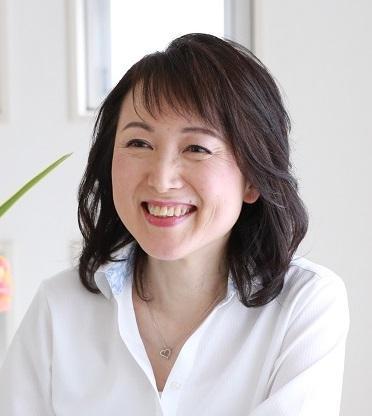 横浜 大人の女性を幸せに導く 婚活カウンセラー   卜風(トウカ)