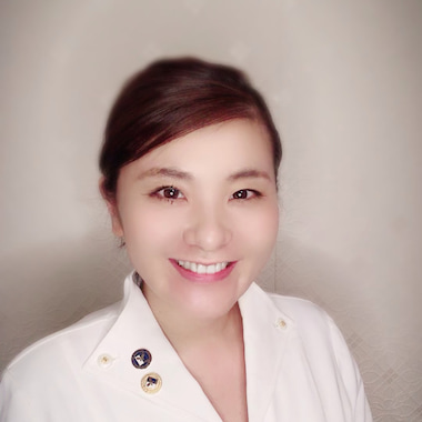 東京立川市オールハンド美筋膜アロマエステ完全個室プライベートサロンCarel~ケアル~代表 喜村麗子