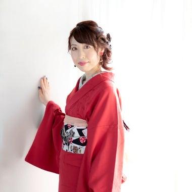 女度をあげる色っぽ着物とスピリチュアルカウンセラー 紫月マナミ