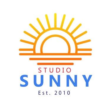 STUDIO SUNNY
